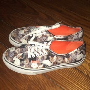 Van's Women's Shoes   Authentic Cat Print